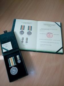 medalis ir rastas